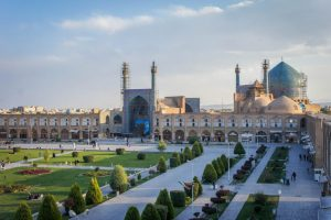 Iran – Breaking Stereotypes, Tehran and Esfahan