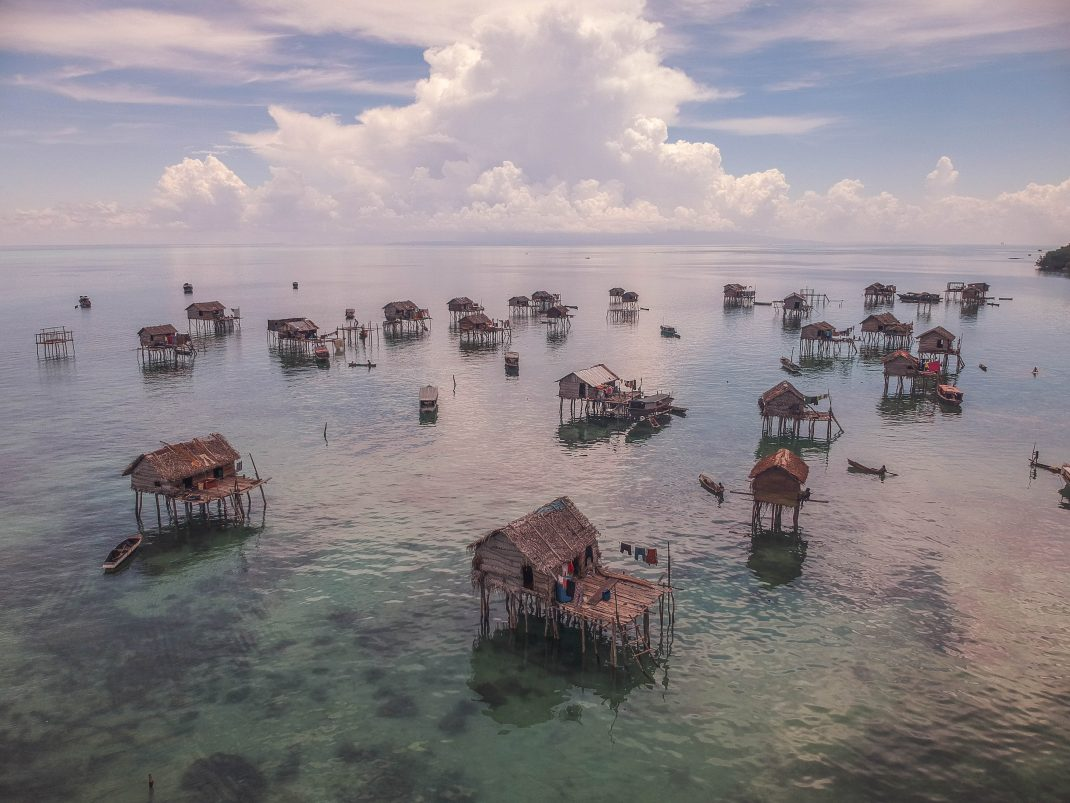 A Journey into Bajau Laut, The Sea Gypsies of Borneo   Uncharted ...